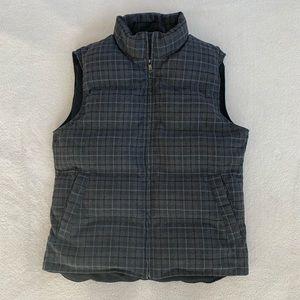 EUC Banana Republic plaid dark grey puffy vest